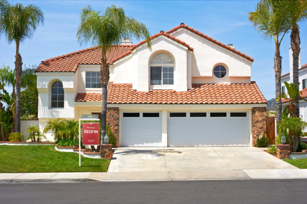 learn how to save for a downpayment so you can buy a house like this 3 bedroom San Diego Charmer