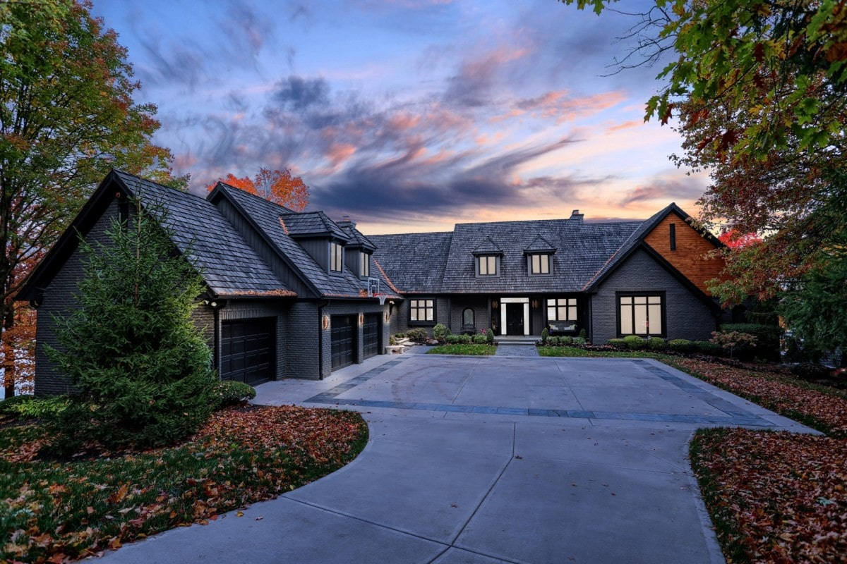 gray-house-driveway-during-dusk